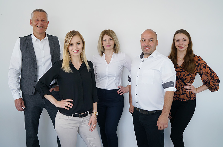 picture of EDAG colleagues